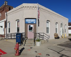 Post Office 68735 (Ewing, Nebraska) (courthouselover) Tags: nebraska ne postoffices holtcounty ewing sandhills