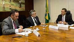 Ministro Marcos Pereira recebe o Vice-Presidente do Conselho da UNICA, Martus Tavares e o Diretor Executivo da UNICA, Eduardo Leo - 16/11/2016 (mdic.gov.br) Tags: unica mdic