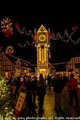 Christmas Town Clock Tower (ericcubs) Tags: canon canon7dmarkii buschgardens clock night williamsburg williamsburgva virginia christmas nighttime bows christmastown