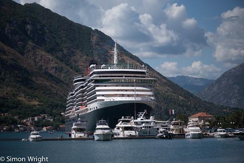 Cunard Queen Victoria ~ 6976