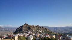 ebinkarahisar - Ekim 15 (esginmurat) Tags: city travel blue sky weather turkey landscape october outdoor hill ngc trkiye mountainside mavi hava gkyz giresun manzara gezi dalar tepe ekim ehir ile ebinkarahisar