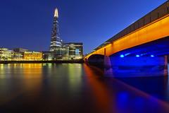 Il primo ponte / The first bridge (United Kingdom, London, London Bridge) (AndreaPucci) Tags: bridge london thames canonefs1022mmf3545usm canoneos60 theshard andreapucci