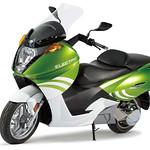 大型電動バイクの写真