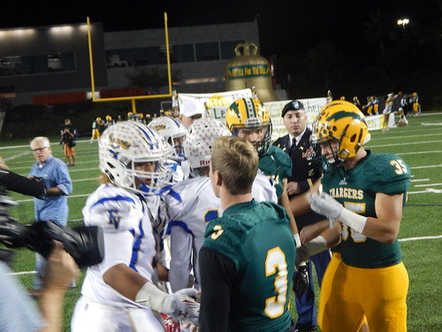 """Edison vs. Fountain Valley 10/31/15 • <a style=""""font-size:0.8em;"""" href=""""http://www.flickr.com/photos/134567481@N04/22644239261/"""" target=""""_blank"""">View on Flickr</a>"""