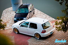 "MK4 & Polo 6N2 • <a style=""font-size:0.8em;"" href=""http://www.flickr.com/photos/54523206@N03/23037104850/"" target=""_blank"">View on Flickr</a>"