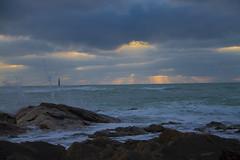 Plage du Paracou, les Sables d'Olonne (*PYROS*) Tags: mer nature soleil coucher vague 85 plage vende atlantique ocan mare embruns sablesolonne