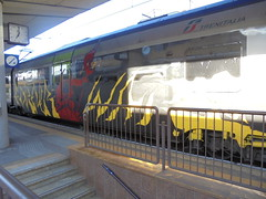 for ever war (en-ri) Tags: opak sdk crew train torino graffiti writing nero rosso giallo demone