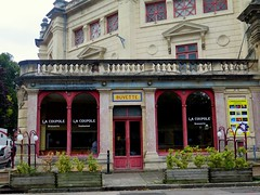 Restaurant of Jules Verne circus in Amiens (Sokleine) Tags: cirqueendur cirque circus buvette caf restaurant architecture amiens somme 80000 picardie picardy hautsdefrance france frenchheritage mn lacoupole belleepoque