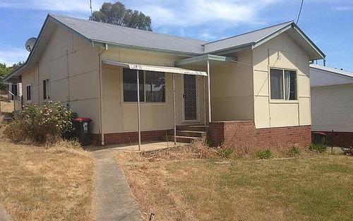 52 Clarke Street, Tumut NSW 2720