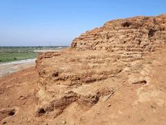 Sumerian Brickwork (D-Stanley) Tags: ziggurat sumerian kish babylon iraq