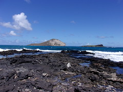 Makapu'u Beach & Kaohikaipu Island (jimmywayne) Tags: makapuubeach oahu hawaii coast honolulucounty kaohikaipuisland beach