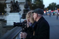 Chating (lgh75) Tags: theparisphotographymeetupgroup paris sunset couchdesoleil bridge pontalexandreiii pont twilight seine