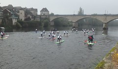 depart-sup-race-dordogne-paddle-race-paysage-4-anonym-sup (anonymsup) Tags: stand up paddle sup anonym pagaie whitewater race contest dordogne correze beaulieu sur argentat eaux vives