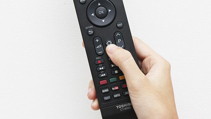 Cách đăng ký tài khoản FPT Play xem Ngoại hạng Anh trên tivi Toshiba