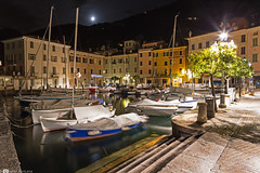Gargnano (Giovanni Fontana Photos) Tags: gargnano garda lake lakegarda gardalake canon canon6d 6d night long exposure longexposure nature view nightphotography photography water porto boat boats stairs scale riva trees tree