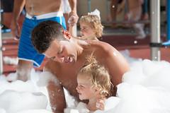 isabel foam party (GF Hoteles (Tenerife)) Tags: espuma foam schaum party family fun divertido