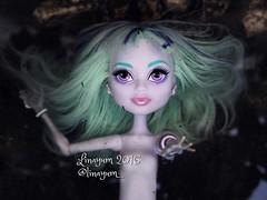 In the deep (Linayum) Tags: twyla mh monster monsterhigh mattel doll dolls muñeca muñecas toys toy juguetes agua water linayum