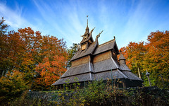 Fantoft Stave Church, Bergen, Norway (Maria_Globetrotter) Tags: img9755 autumn hst bergen norway norge blue sky colorful