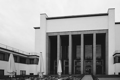 monumental (marcuslange) Tags: architecture architektur deutscheshygienemuseum dresden neoklassizismus eos5dmarkiii canon tokin1116 tokina1116mm blackandwhite vsco vscofilm