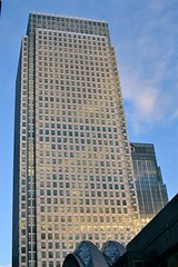 2016-10-09: One Canada Square (psyxjaw) Tags: london londonist eastlondon towerhamlets isleofdogs theisland canarywharf docklands wharf onecanadasquare finance
