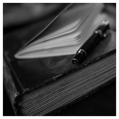 Writing and reading (objet introuvable) Tags: blackandwhite bw bokeh book nb noiretblanc panasonic pencil pen macro monochrome macromondays minimalism maison house daily routine lumixgx8 light lumière livre reading read writing écrire cahier