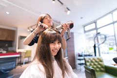 Young Japanese girl setting up hair in beauty salon (Apricot Cafe) Tags: img4788 20s asianethnicity japan japaneseethnicity kimono sigma20mmf14dghsmart tokyo beauty beautysalon ceremony culture enjoy hairsalon happiness peaceful smiling toothysmile twopeople woman youngadult minatoku tkyto jp
