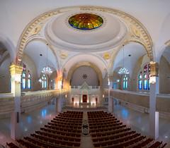 Synagoga v plnej parade (martinosperatus) Tags: red indoor architecture synagoga rotunda building slovakia slovensko sony sonya7 fe28mmf2