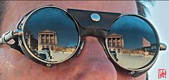 Reflets de Versailles par beau temps un lundi ! (mamnic47 - Over 7 millions views.Thks!) Tags: versailles chateaudeversailles lesgens yvelines img2966 reflets lunettes