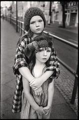 ninel and milla (apasz) Tags: ninel freesisters lookbook berlin girl kids film kodak trix leica