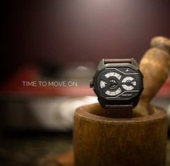 Time to move #productphotography #indoorshoot #dubai_photographer #fasttrack #photograhy (shafeeqbasheer) Tags: productphotography indoorshoot dubaiphotographer fasttrack photograhy