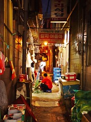 sijang#5... (HARU1231) Tags: streetphoto snapphoto city candid life urban korea street panasonicgf1
