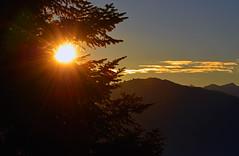 1649 Sonnenaufgang im Zrich-Oberland. Sunrise in the Zurich-Oberland. (Fotomouse) Tags: fotomouse flickr margrit sonnenaufgang sunrise zrichoberland schweiz swiss svizzera switzerland landschaft landscape natur nature sonne outdoor draussen