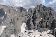 Sas da Mesdi (Innerkoflerturm) i Dente (Zahnkofel) ze szczytu Plattkofel