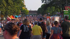 A million people (Camera Bread) Tags: carnival usa minnesota statefair stpaul minnesotastatefair streetfestival mnstatefair onlyinminnesota crowdsofsummer