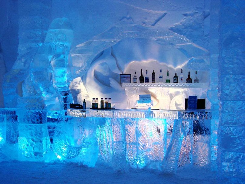 White Walled Ice hotel