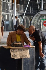 Poet (Enea29) Tags: paris poet pompidou pote
