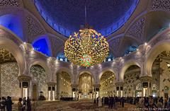 Sheikh Zayed Mosque,    , Abu Dhabi, United Arab Emirates (Gaston Batistini) Tags: sony united mosque emirates zayed arab alpha abu dhabi sheikh 6000    ilce batistini a gbatistini gastonbatistini