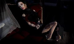 vampire kiss (Morgana Direwytch for GLAM!) Tags: iconic sys shiny shabby tres chic venue kr cosmopolitan phedora hilli haalan queen ink maitreya catwa