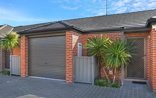 7/57 Illowra Crescent, Primbee NSW 2502