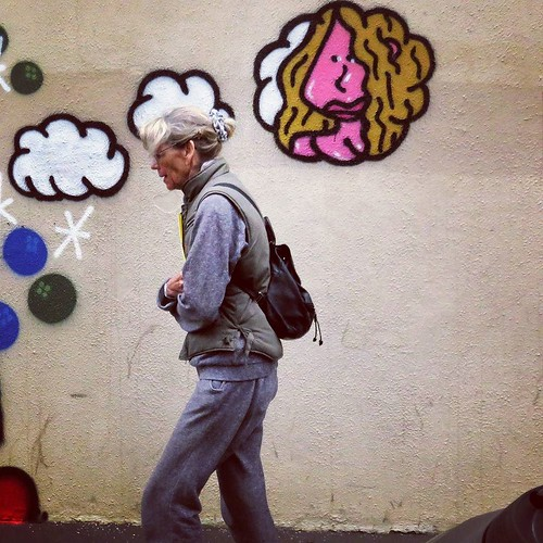 #memories ... #wall by #POES - #paris #streetart #graffiti #urbanart #graffitiart #urbanart_daily #graffitiart_daily #streetarteverywhere #streetart_daily #wallart #mural #streetphotography #ilovestreetart #streetartparis #msaparis