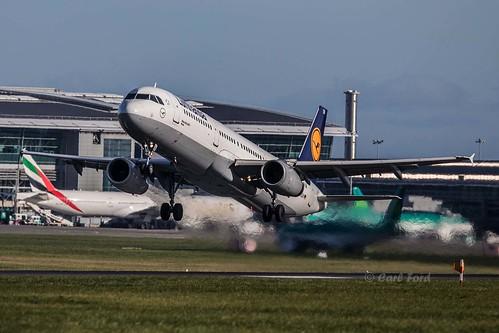 Airbus A321-231 D-AIDN