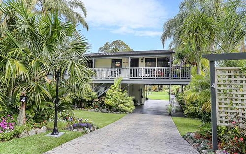4 Teragalin Drive, Chain Valley Bay NSW 2259