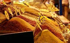 14117925_10154649928901531_2977721074400069684_n (skollieblaze) Tags: spices grandbazaar istanbul shopping food canonphotography