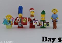 Merry Christmas by the Simpsons (Alex THELEGOFAN) Tags: lego legography minifigures minifigure minifig minifigs minifigurine minifigurines simpson marge homer bart maggy maggie lisa family christmas xmas present vide video game cookie fairy santa claus elf dog beer donut
