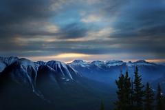 Sundance Range Sunset (lfeng1014) Tags: sundancerangesunset sunset sansonpeak sulphurmountain banff banffnationalpark gondolabanff heightenyoursenses alberta canada rockymountains canadianrockies mountain lifeng travel