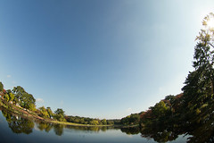 Lake in the morning (nak.viognier) Tags: lake morning ryokuchipark osaka  olympusepl3 lumixgfisheye8mmf35