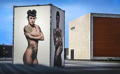 Larger than life (‹ Wim ›) Tags: ralfmitsch breda netherlands chassépark tattoo largerthanlife tattooproject wimgoedhart nikon nikkor flickrelite flickrelitegroup blue sublime art