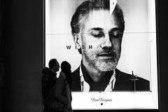 Milano - Novembre 2016 (Maurizio Tattoni....) Tags: milano italy lombardia street pubblicit bn bw blackandwhite biancoenero monocrome contrasto leica mauriziotattoni