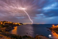 Le coup de foudre ! (photosenvrac) Tags: mer collioure paysage orage mditerrane tonnerre foudre thierryduchamp