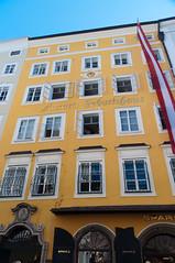 Mozart's Birthplace (Sebastian Niedlich (Grabthar)) Tags: salzburg austria sterreich nikon sigma mozart d90 grabthar sebastianniedlich nikond90 sigma182003563dcos